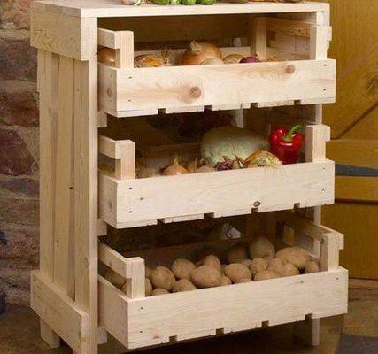 Holzständer für Obst und Gemüse