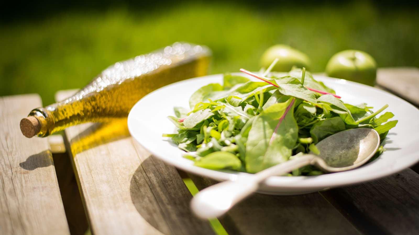 2 Ideen für deine Sommer-Salate