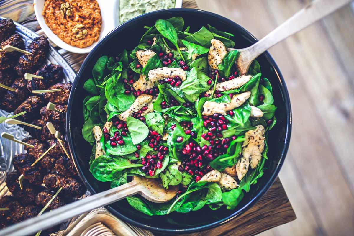 Granatapfel-Hühnchen-Salat